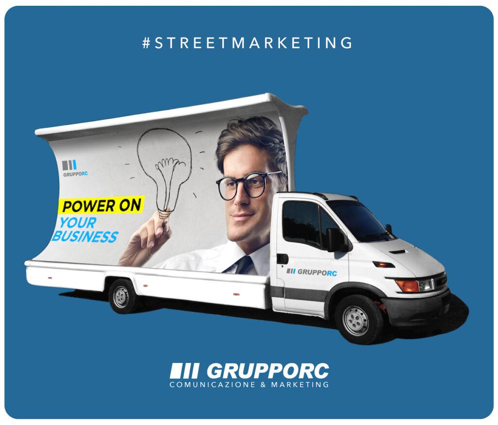 noleggio camion vela pubblicitaria vicenza affissioni pubblicita stradale cartelli poster in movimento